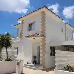 2 Bedroom Detached Villa In Paralimni