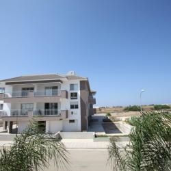 First Floor Apartment In Paralimni 1